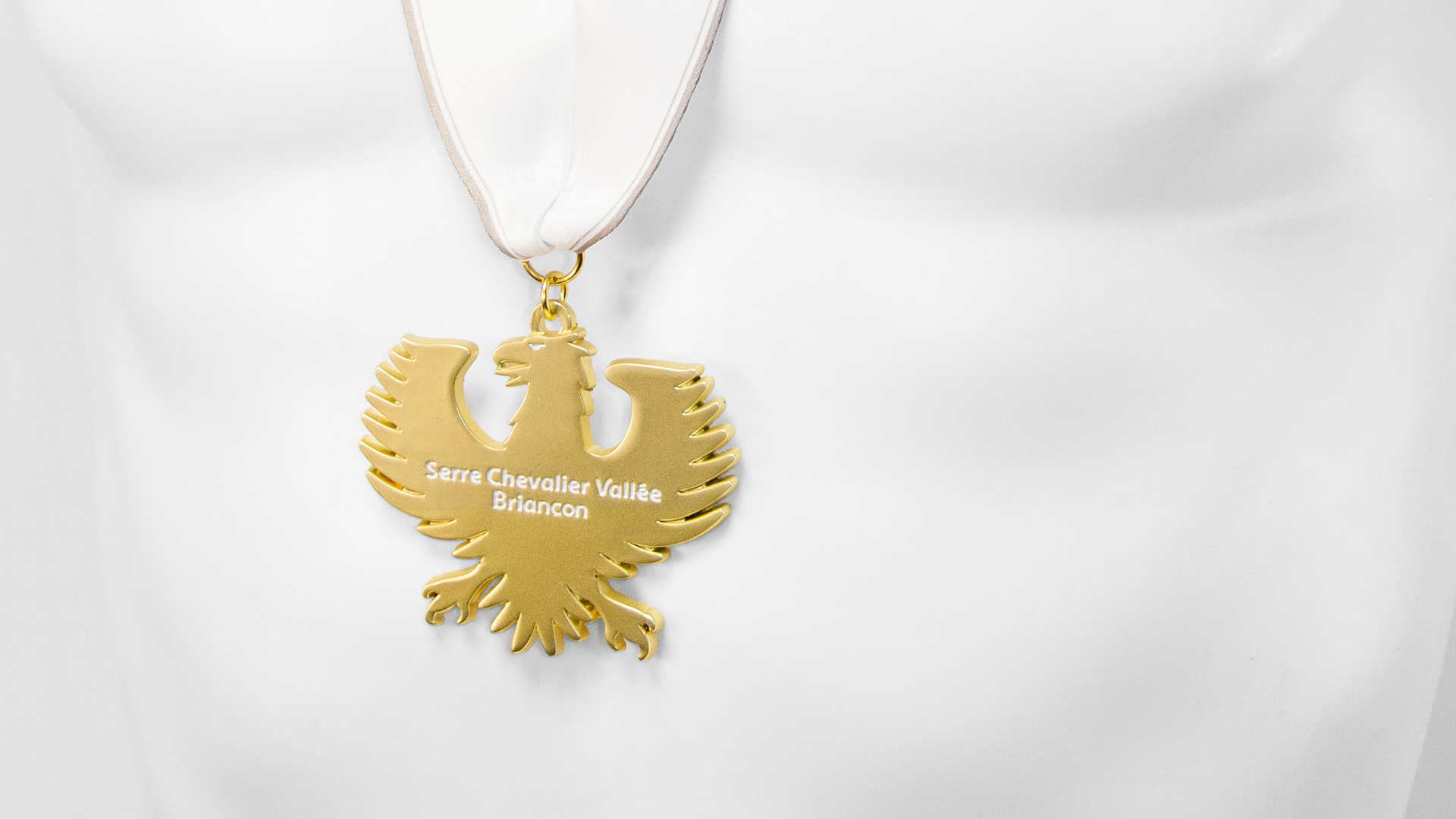 Armaçao design   serre chevalier vallée briançon   médailles